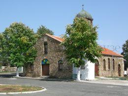 Църква Св. Св. Константин и Елена - с. Българи 1